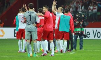 Milik ratuje remis. Polska wciąż niepokonana